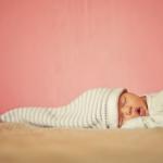 Sono do bebé recém-nascido: 3 factos importantes