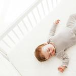 Tenho mesmo de ensinar o meu filho a adormecer sozinho? – Parte I