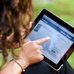 O apoio ao sono do bebé nos fóruns e grupos do Facebook